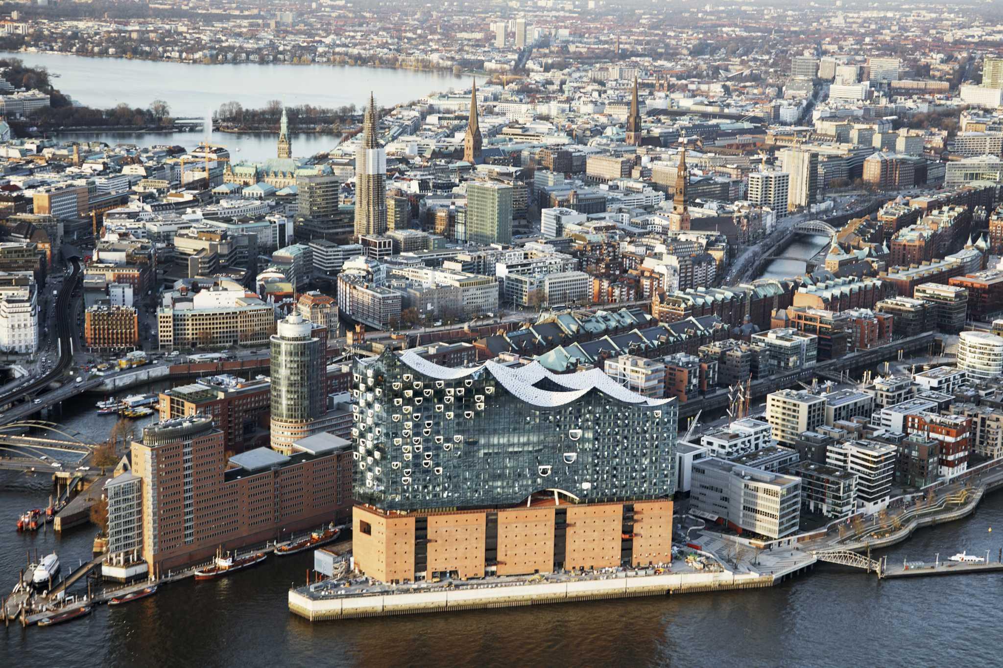 Kiến trúc nghệ thuật độc đáo của tòa nhà cao nhất Hamburg- Elbphilharmonie