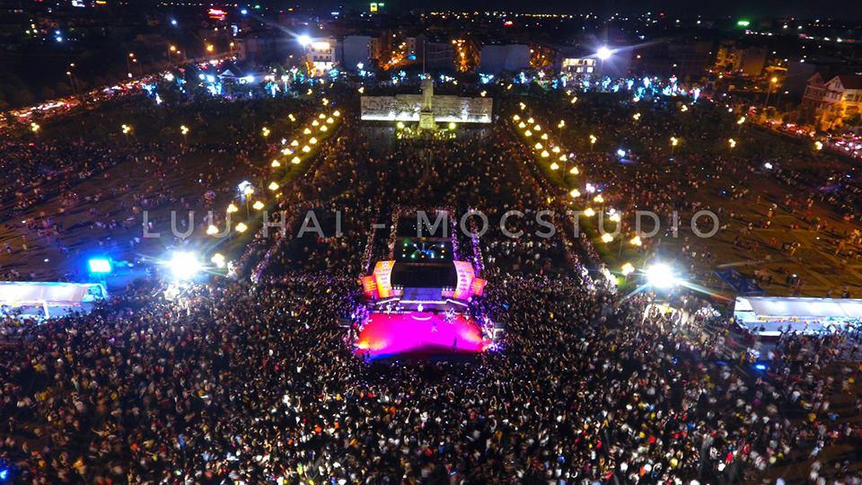 Chương trình biểu diễn nghệ thuật, phố đi bộ tại công viên Nguyễn Văn Cừ Bắc Ninh thu hút hàng nghìn người
