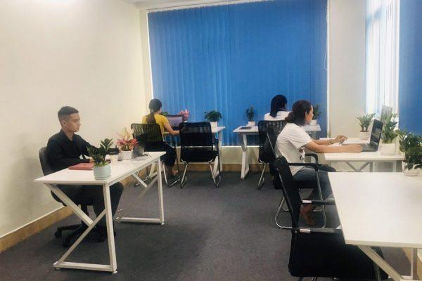 Chỗ ngồi đơn tại Lux Office